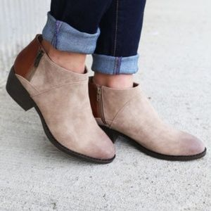 BC Footwear Union Bootie Taupe/Whiskey